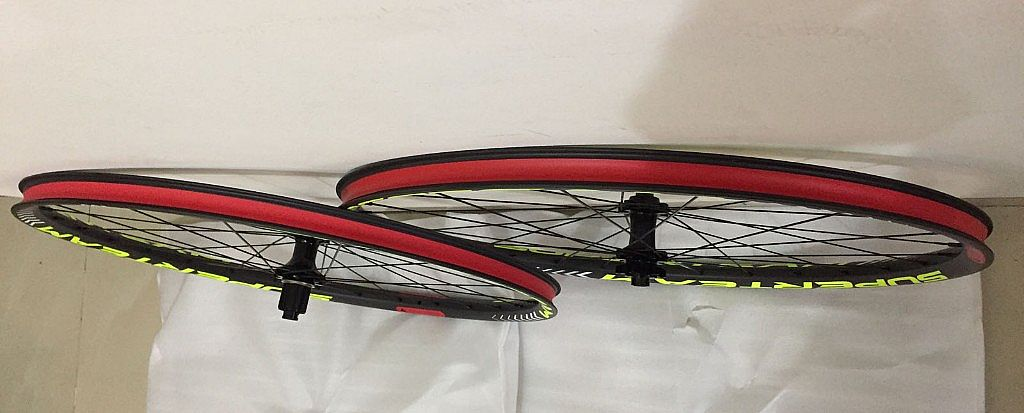 Superteam Carbon MTB Disc Brake Wheelset 29er Tubeless Wheel 30mm Width With Six Bolt Hub